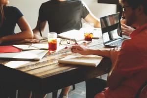 Houston, TX SMM – Advantages of Using a Social Media Management Company
